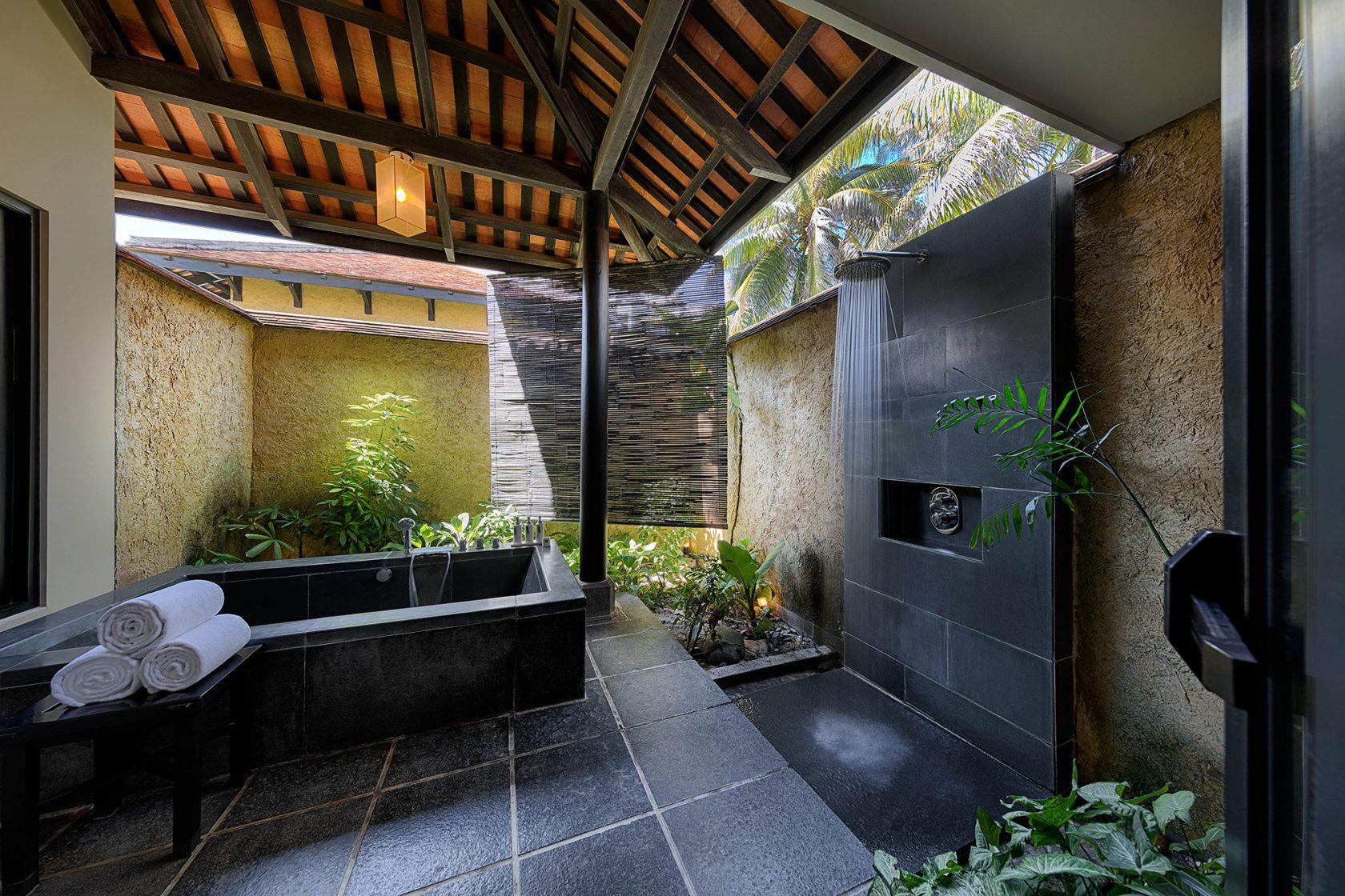 Anantara Mui Ne Villa Outdoor Bathroom