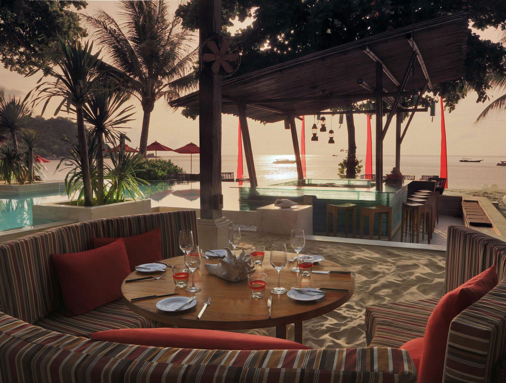 Anantara Rasanada Resort Bistro at the Beach