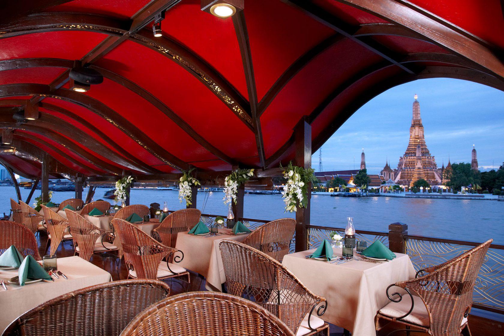 Anantara Riverside Bangkok Manohra Dining Cruises