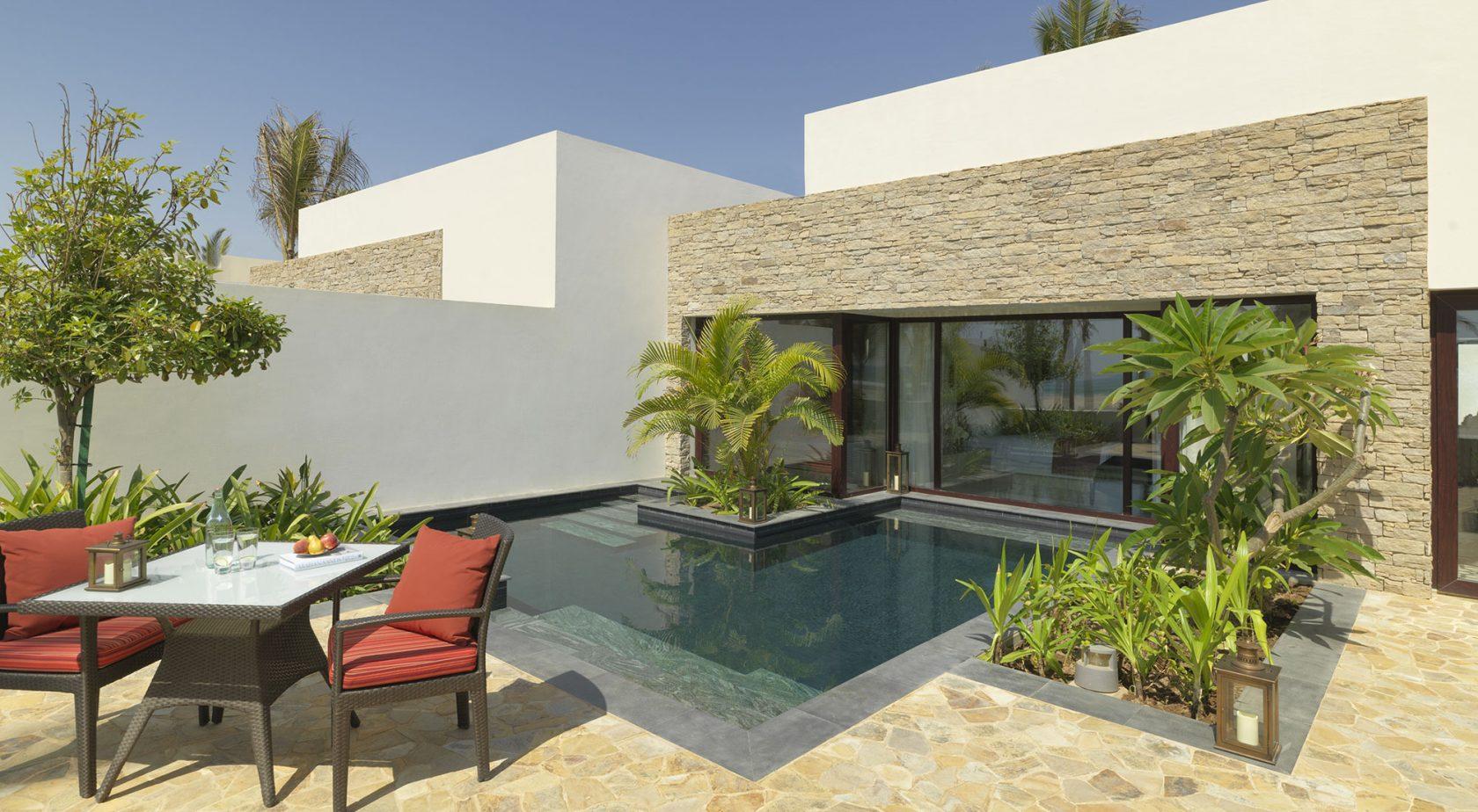 Al Baleed Resort by Anantara Poolvilla Beachview