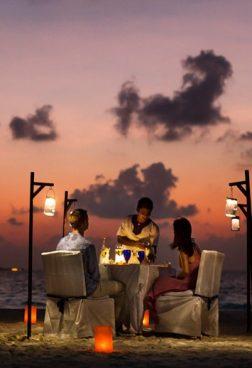 Banyan Tree Vabbinfaru - Romantisches Dinner