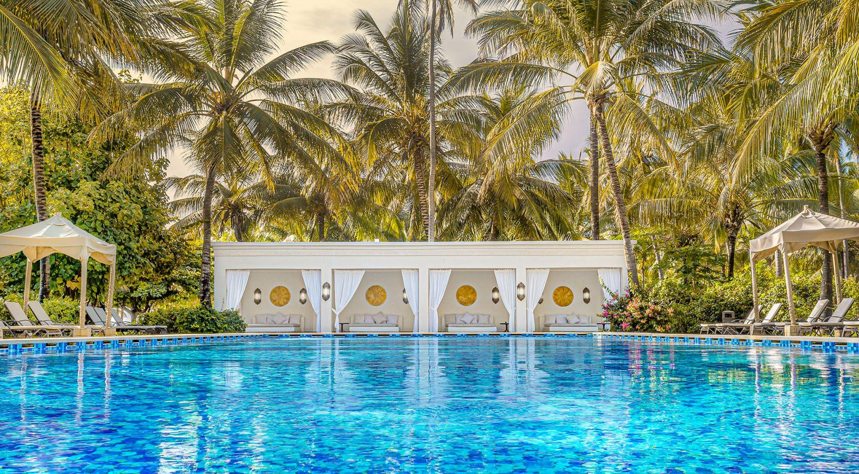 Baraza Resort & Spa Pool