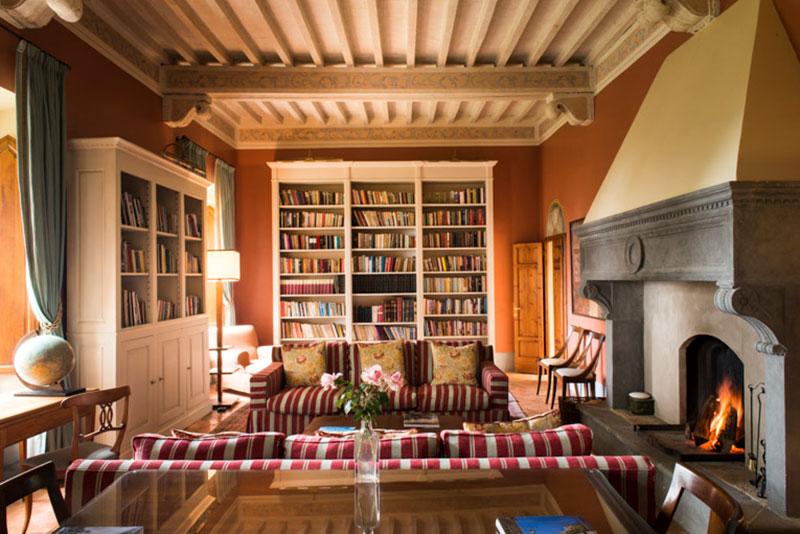 Borgo Pignano Library