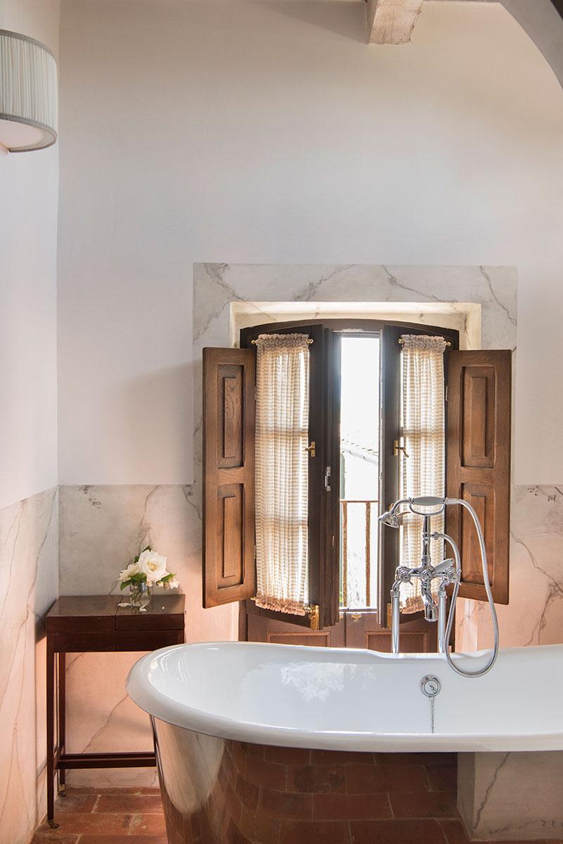 Borgo Pignano San Bartolomeo Suite Bathroom