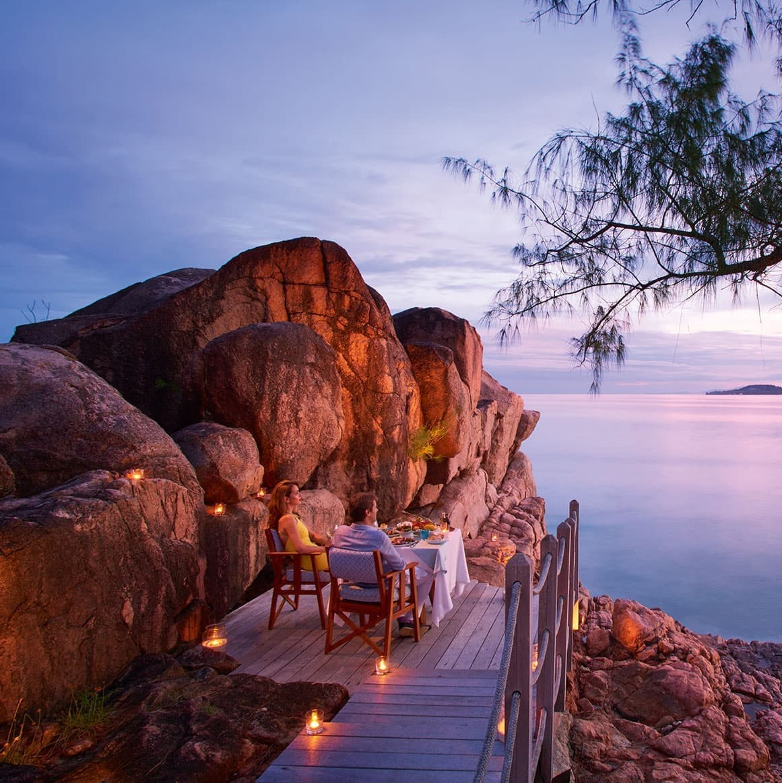 Constance Lemuria Seychelles - Dinner on the Rock