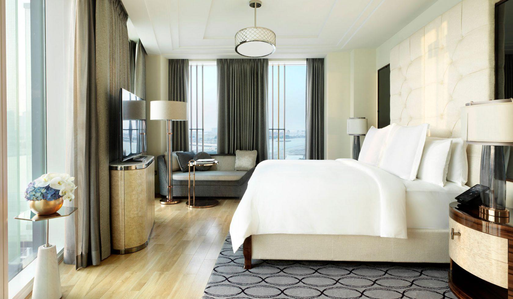 Four Seasons Al Maryah Island Executive Suite Bedroom