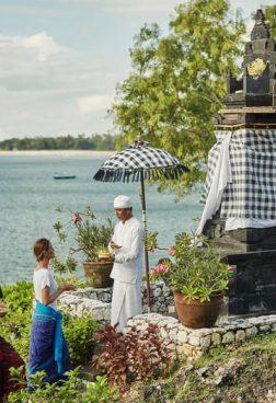 Four Seasons Bali at Jimbaran Bay - Heiligtum-Tour