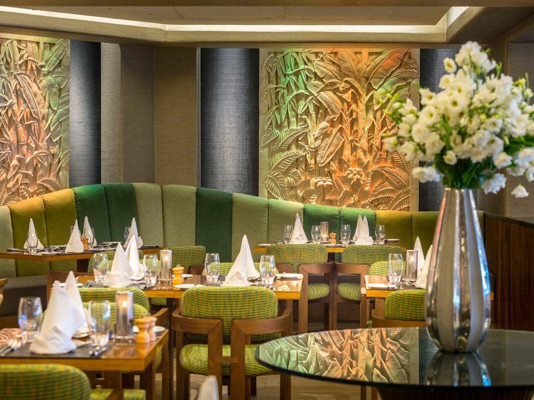 Four Seasons Cyprus Tropical Restaurant