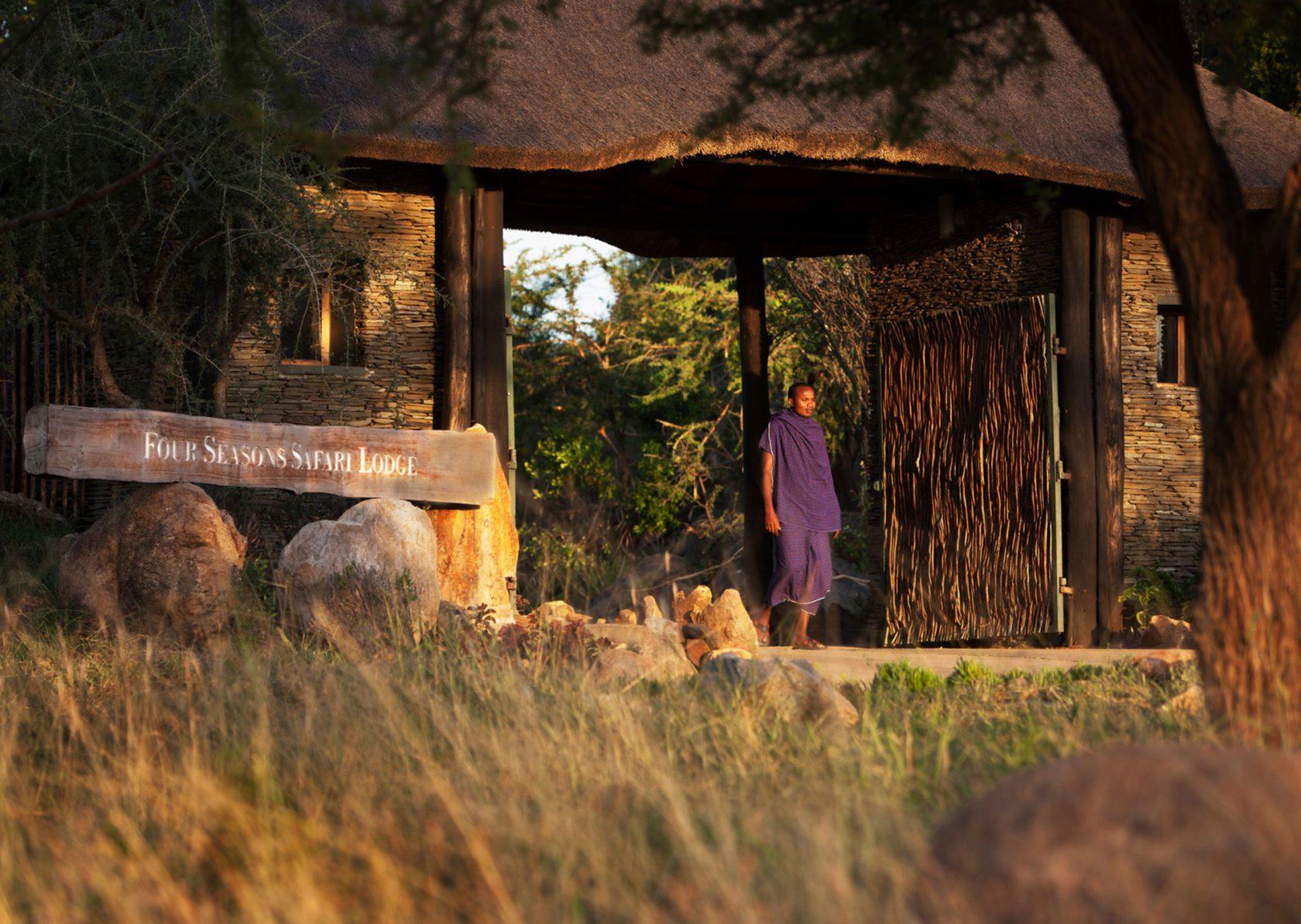 Four Seasons Safari Lodge Serengeti Eingangsbereich