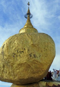Goldener Fels Myanmar