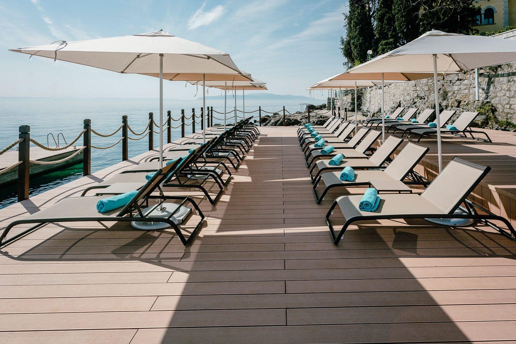Ikador Luxury Boutique Hotel & Spa Beach Deck