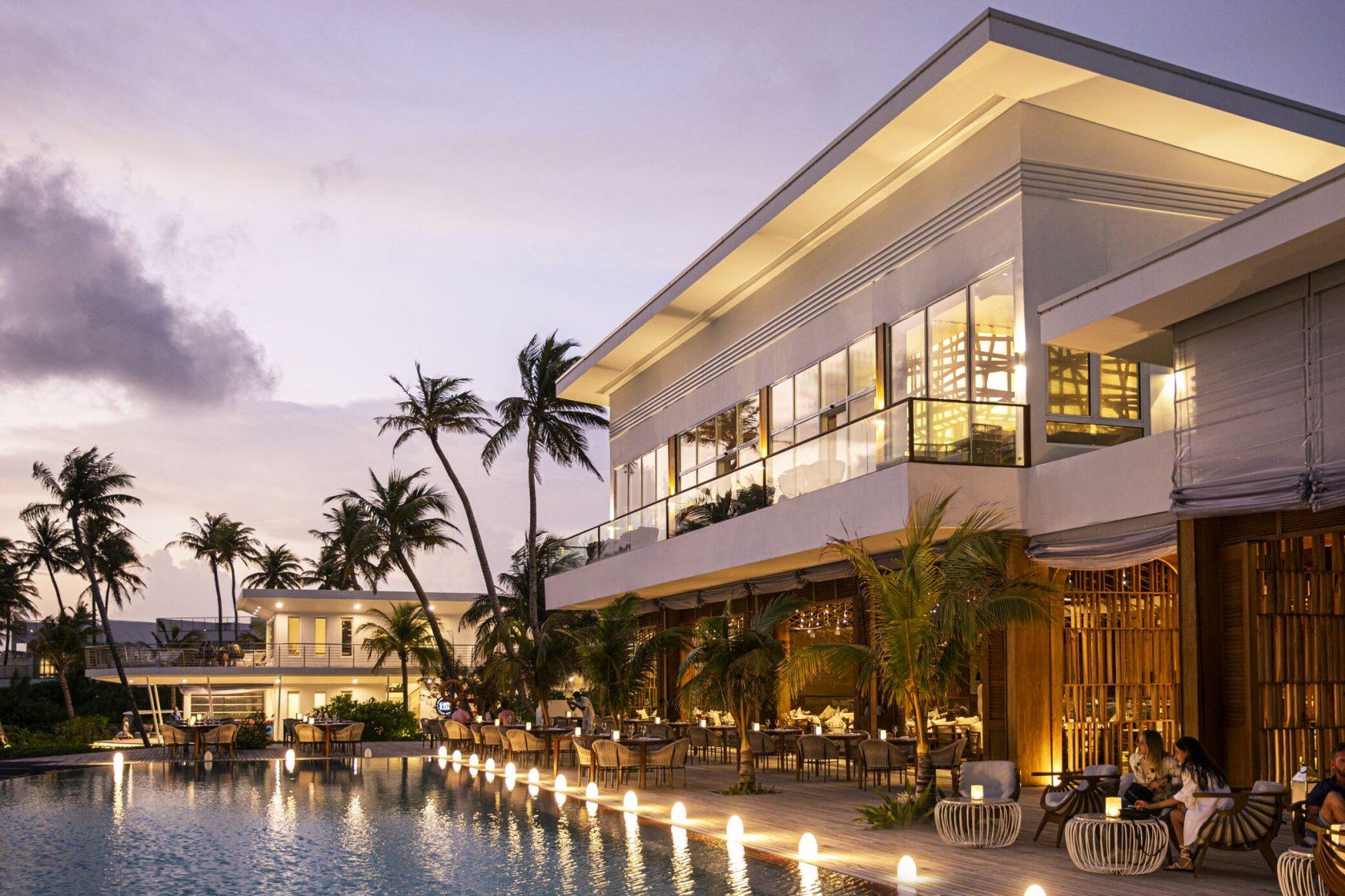 Jumeirah Maldives Restaurant Glow