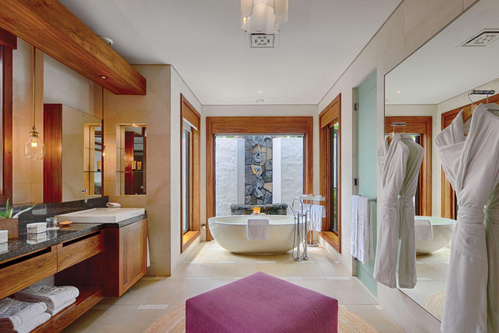 Shangri-La Touessrok großzügiges Badezimmer