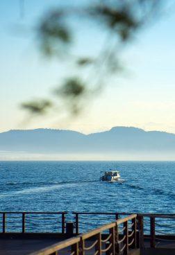 Six Senses Krabey Island - Fahrt in den Sonnenuntergang