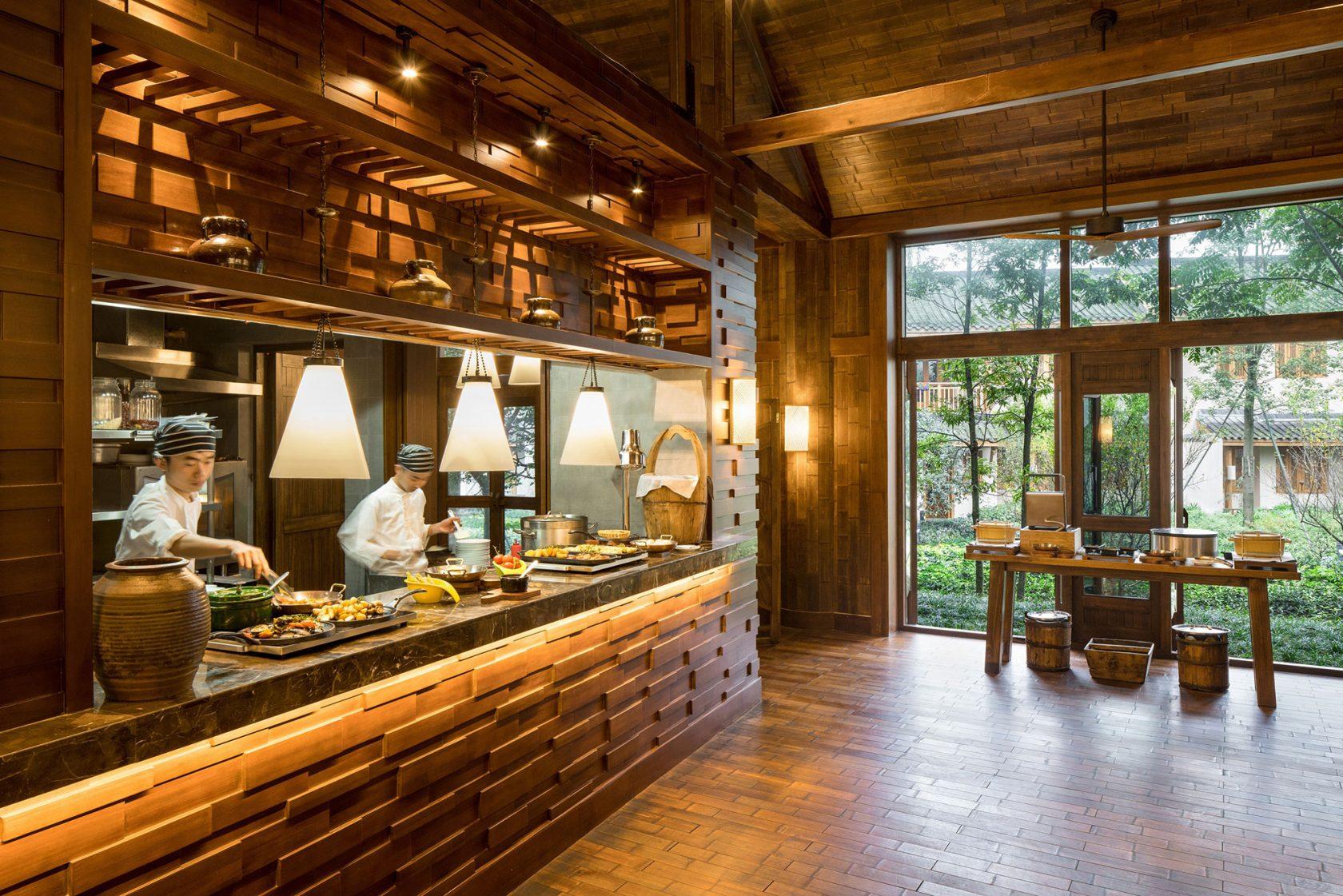 Six Senses Qing Cheng Mountain Open Kitchen