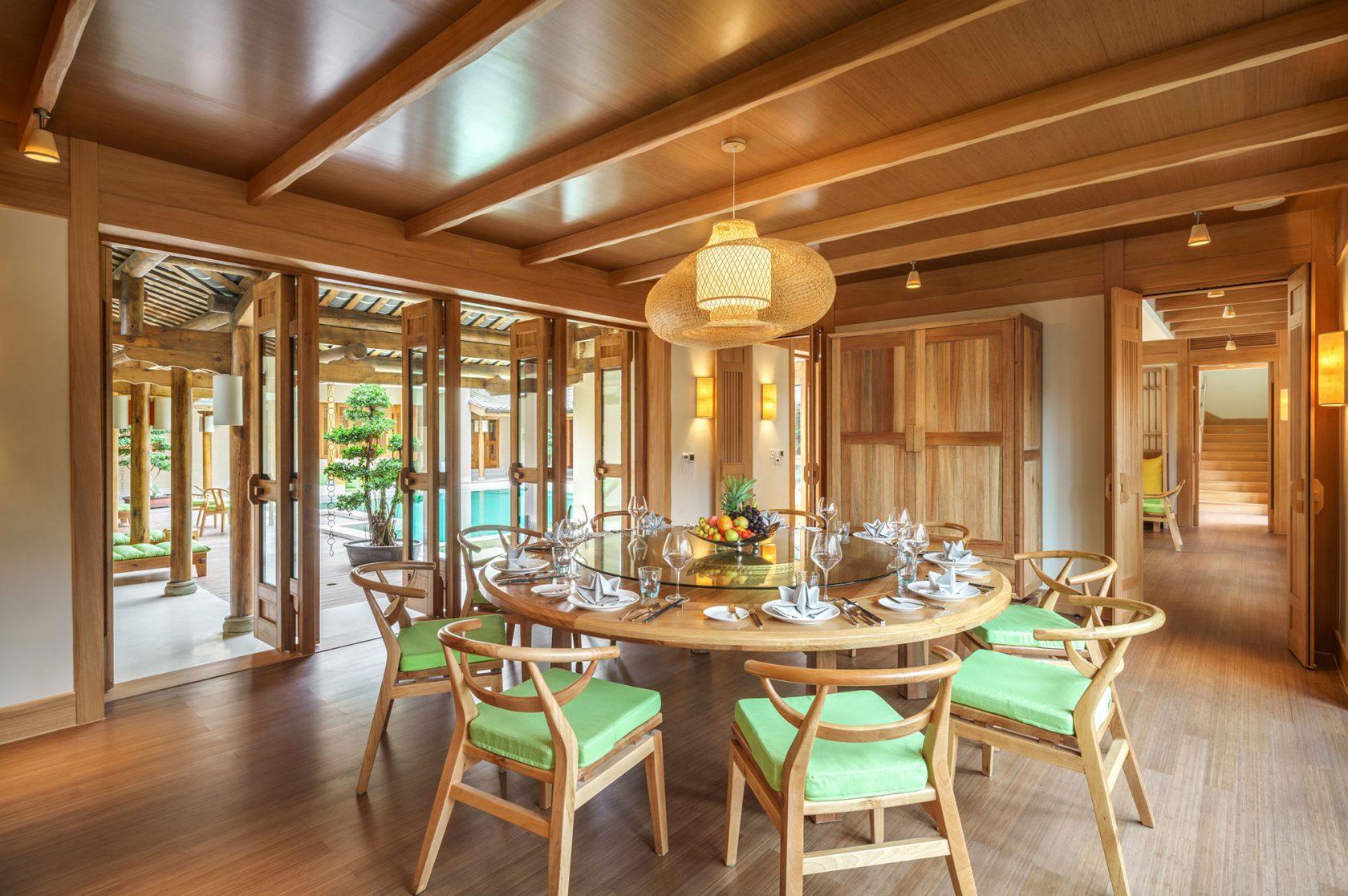 Six Senses Qing Cheng Mountain Presidential Villa Dining Room