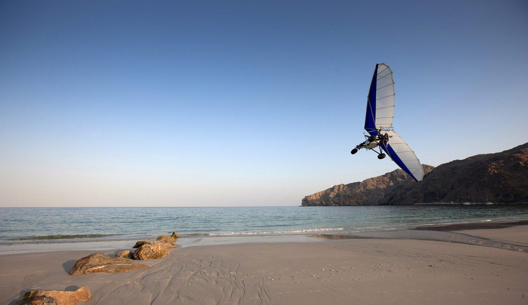 Six Senses Zighy Bay, Oman – Microlight Gleitschirmflieger