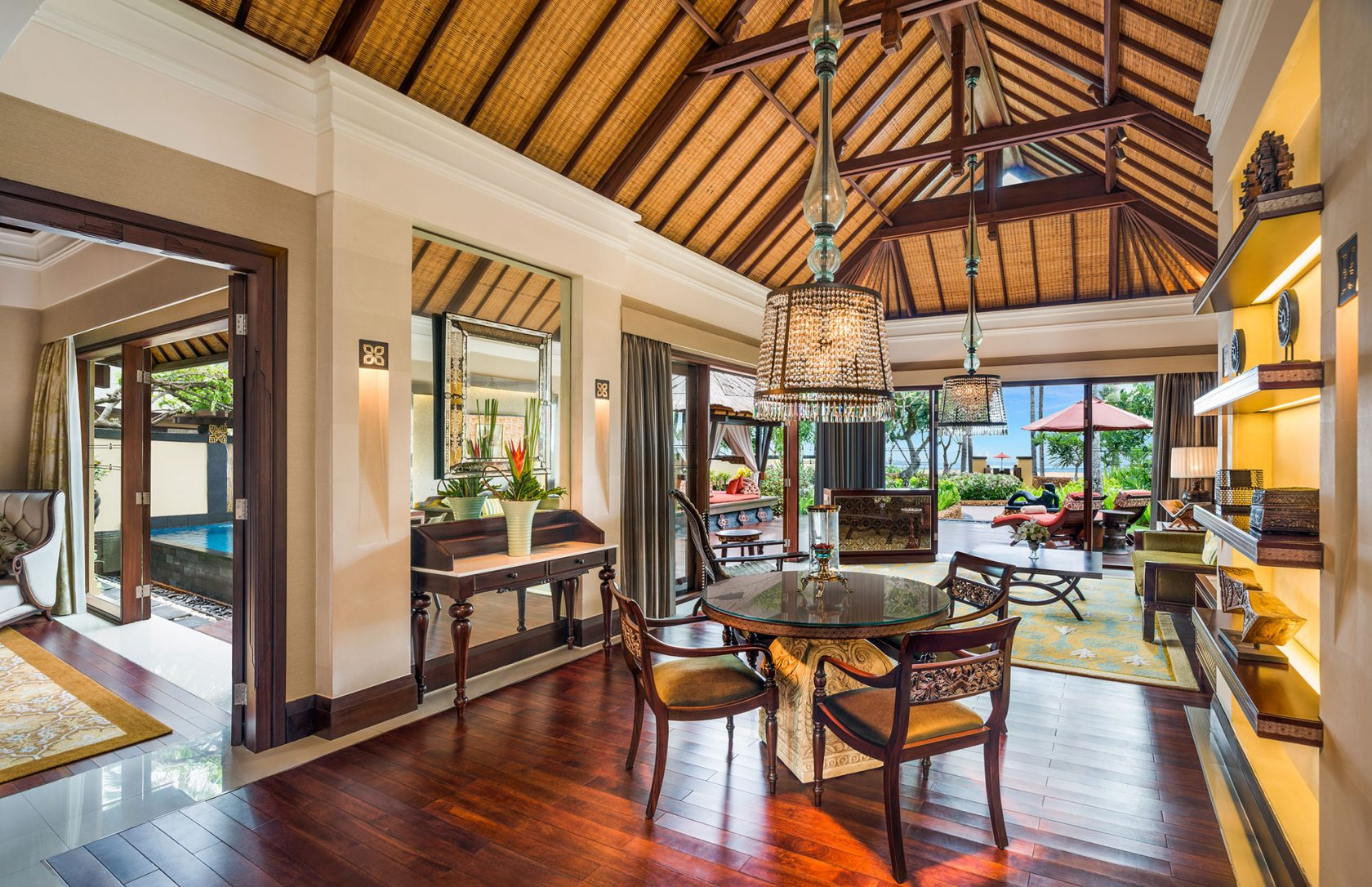 The St. Regis Bali Strand Villa Livingroom