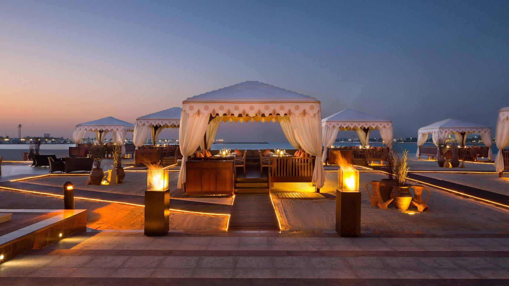 Emirates Palace BBQ am Strand