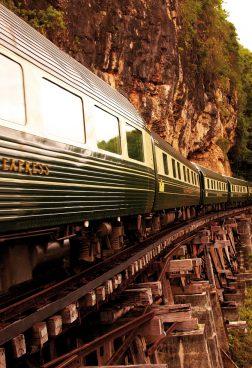 Spezialreisen: Zugreisen, Safaris, Privatjet-Reisen buchen – ASIEN Reiseprofi