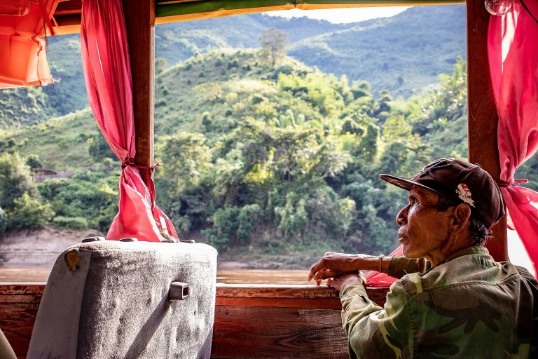 Privatreise, private Rundreise Laos: Bootstour