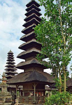 Luxusreise Bali: Taman Ayun Tempel